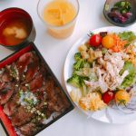 【東京涉谷美食分享】JINNANKEN神南軒的牛肉蓋飯和沙拉吧飲料吃到飽